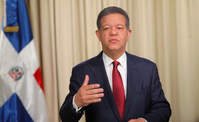 Leonel Fernandez anuncia que se marcha del PLD